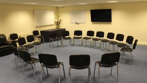 meeting room circle